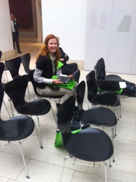 Sanna Ristaniemi Berliinissä seminaarissa